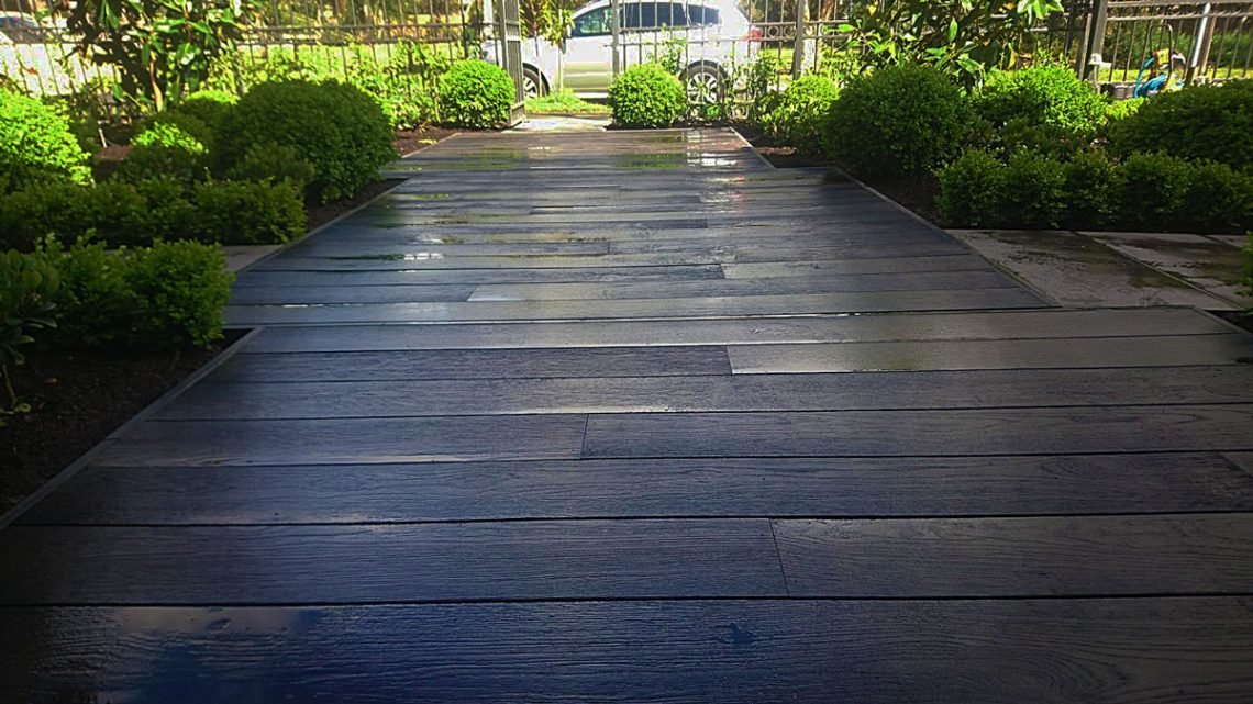 Millboard composite deck in Hampton, Melbourne